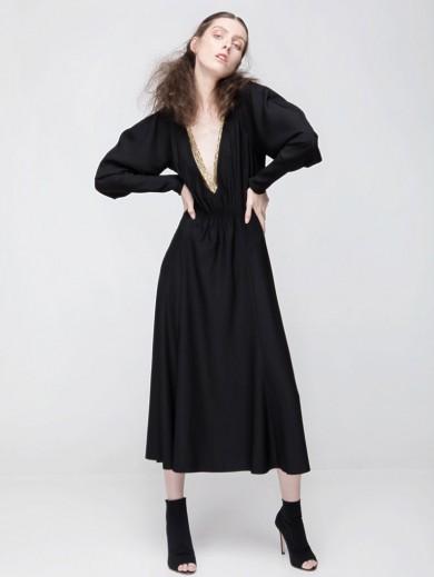 "Luxurios deep ""V""-cut neckline dress"